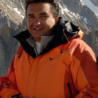 Andrea Camos