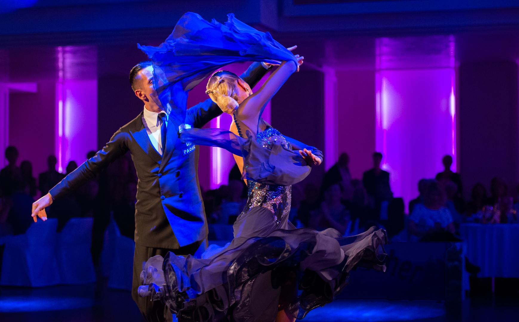 Andrea Ghigiarelli & Sara Andracchio beim Slow Waltz