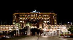 Anfahrt zum Emirates Palace