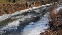 Anfang März letztes Jahr viel Eis auf der Müglitz als es ...