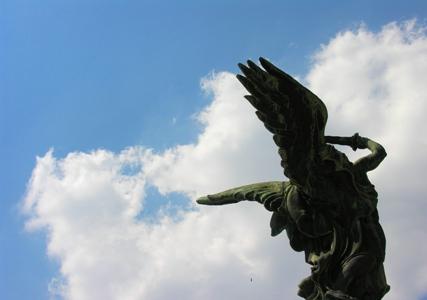 angelo nel blu