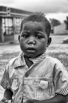 ANGOLA RENACE: Niño mocoso, niño hermoso