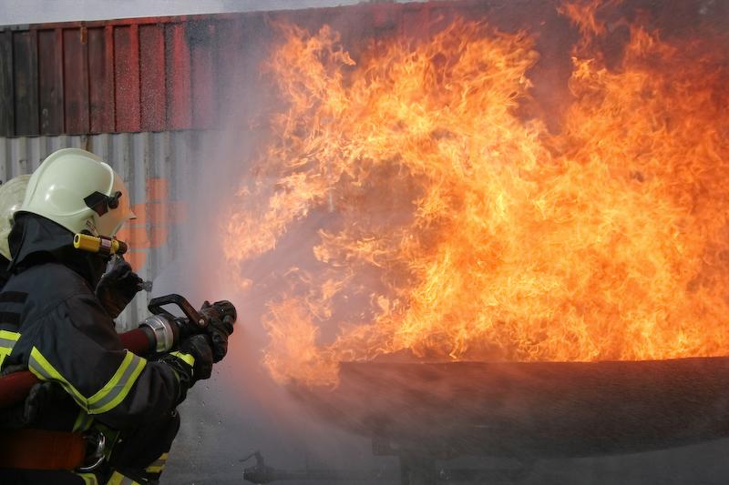 Angriff des Feuers