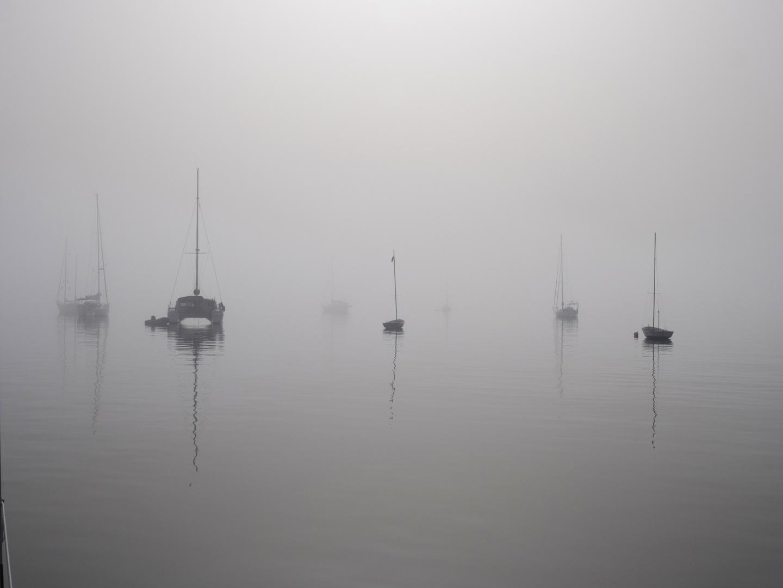 Ankern im Nebel