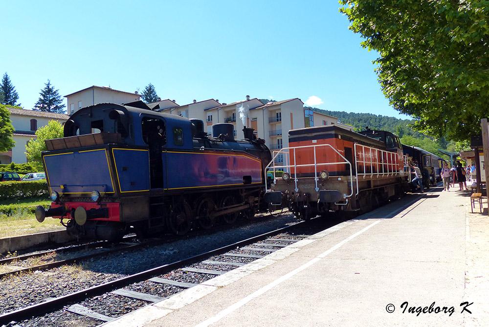 Ankunft in Saint-Juan-du-Gard - Bahnhof - historische Loks