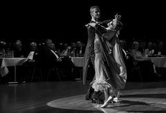 Anna Zudilina&Fedor Isaev beim Standardtanz (Langsamer Walzer)