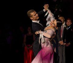 Anna Zudilina&Fedor Isaev beim Standardtanz (Wiener Walzer)