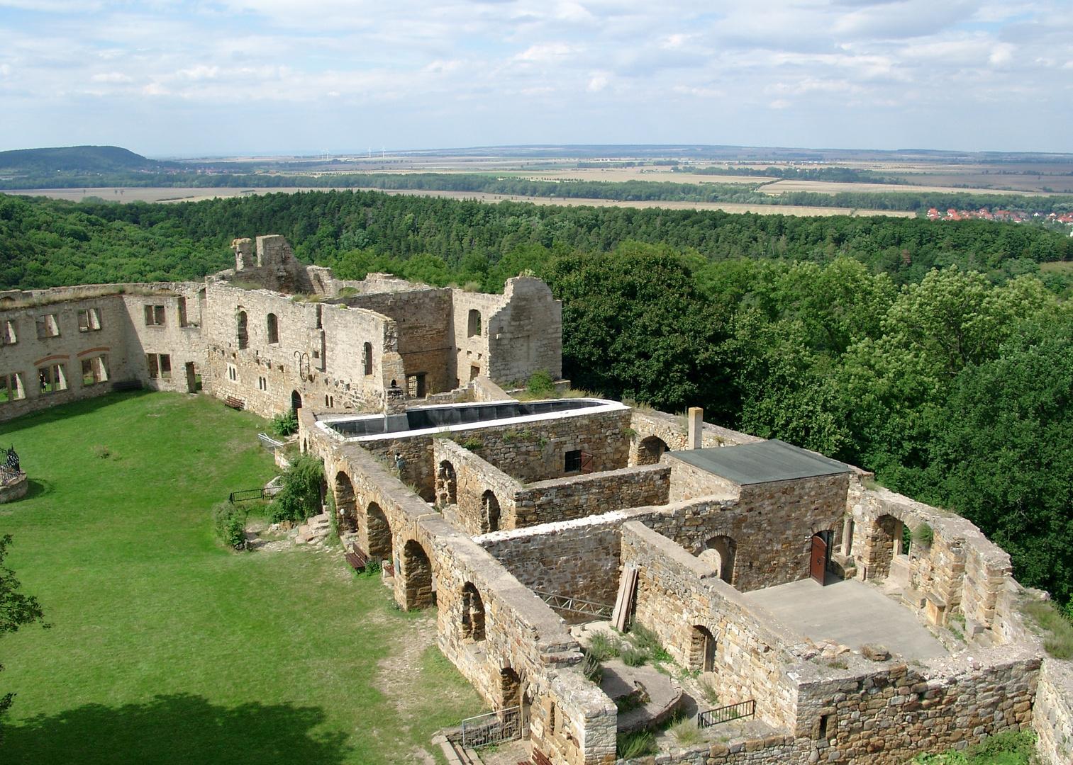 Ansicht der Burgruine Gleichen vom Bergfried