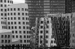 Ansicht der Gery Bauten im Medienhafen Düsseldorf