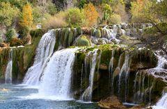 Ansichten der Krka-Wasserfälle IV