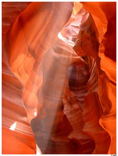 Antelope Canyon im Gebiet der Navajo-Indianer in Arizona IV