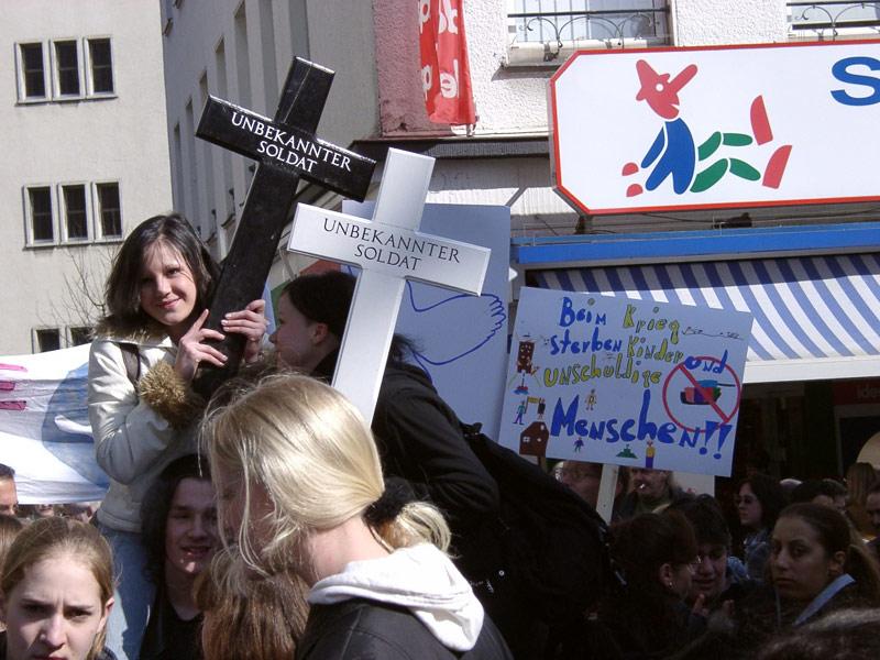 Anti-Irak-Kriegs-Demo in Solingen Frühling 2003