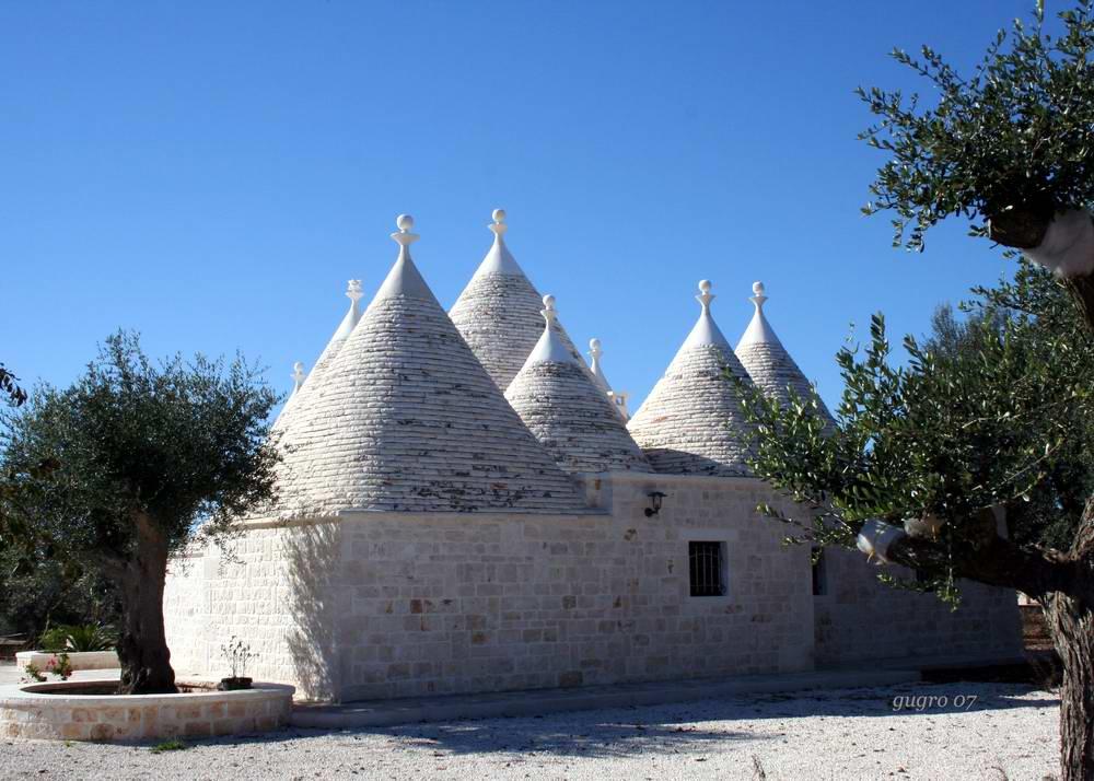 antichi trulli restaurati