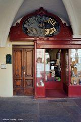 Antico negozio, Vercelli