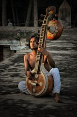 antico strumento indiano (India del Sud)