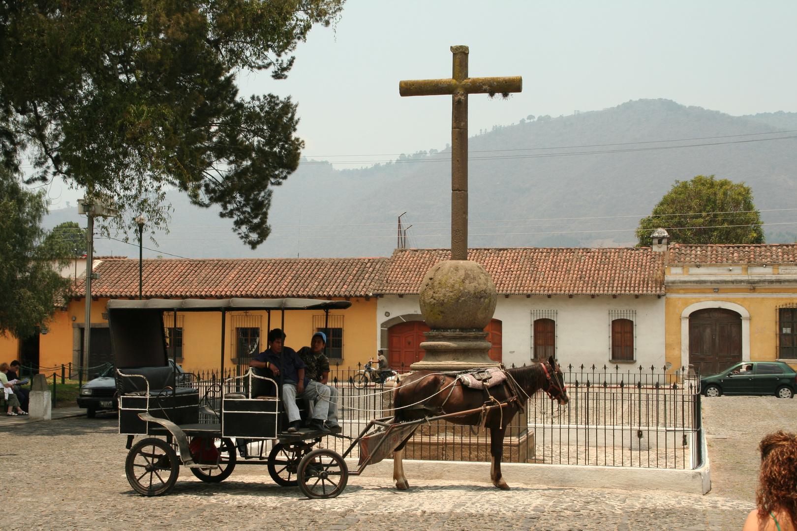 Antigua, Guatemala: Warten auf Fahrgäste