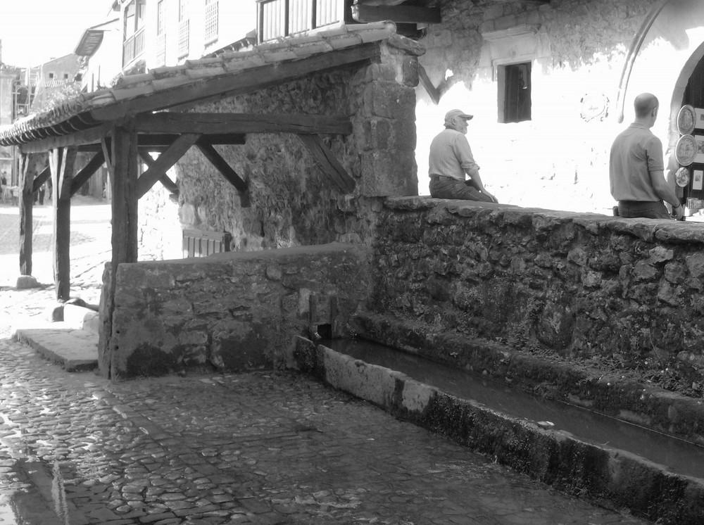 Antiguo lavadero de Santillana del Mar ( Hoy abrebadero de vacas)