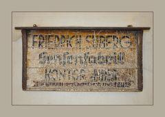 Antikes Firmenschild, Sensenfabrik
