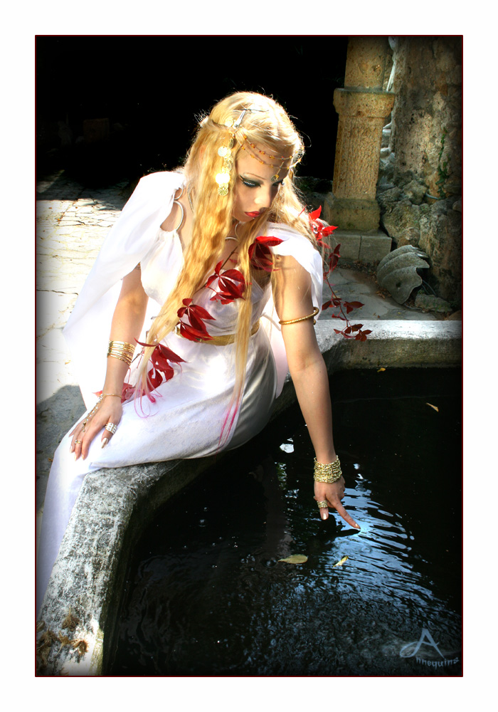Antique Goddess 1