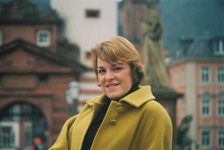 Antonia auf der Brücke....