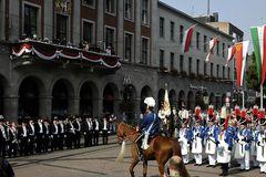 Antreten zur großen Königsparade
