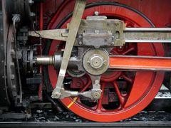 Antriebsrad einer Dampflokomotive - faszinierende Technik