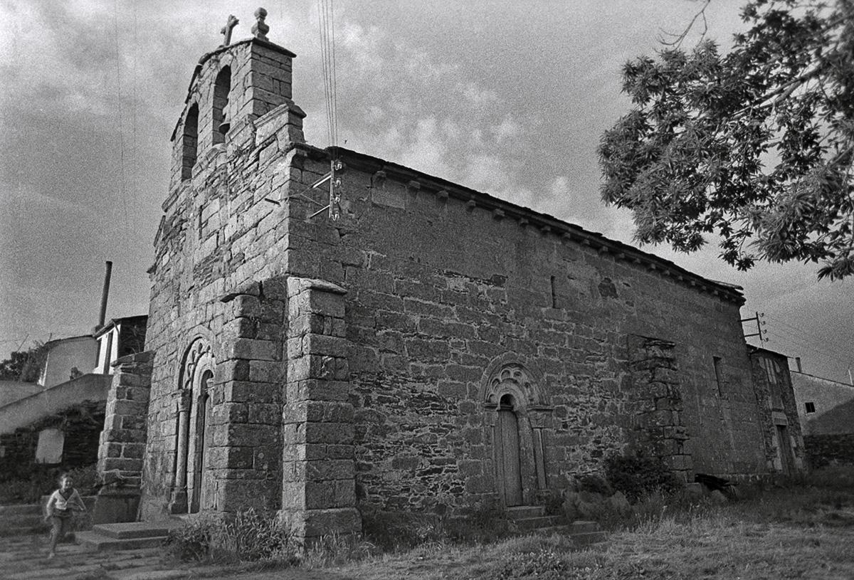 Año 1.965- Iglesia romanica
