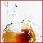 Apfel fällt nicht weit vom Stam... Naja zumindest hin und wieder mal ins Wsser
