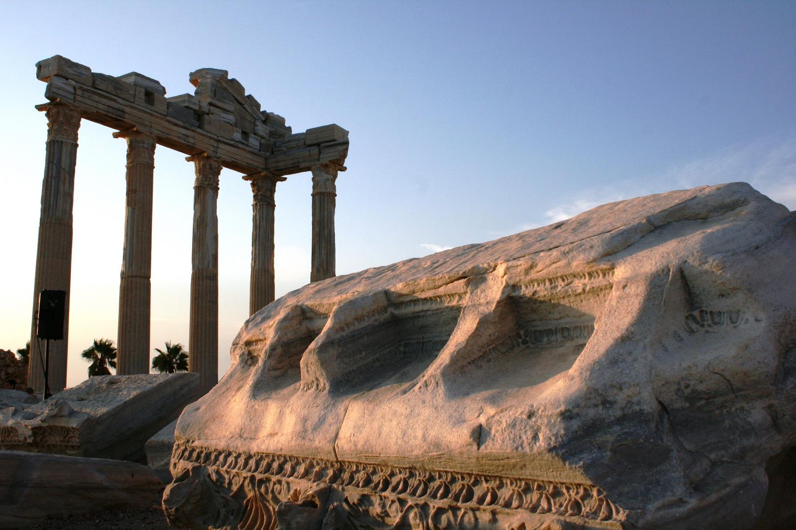 Apollo-Tempel in Side bei Sonnenuntergang