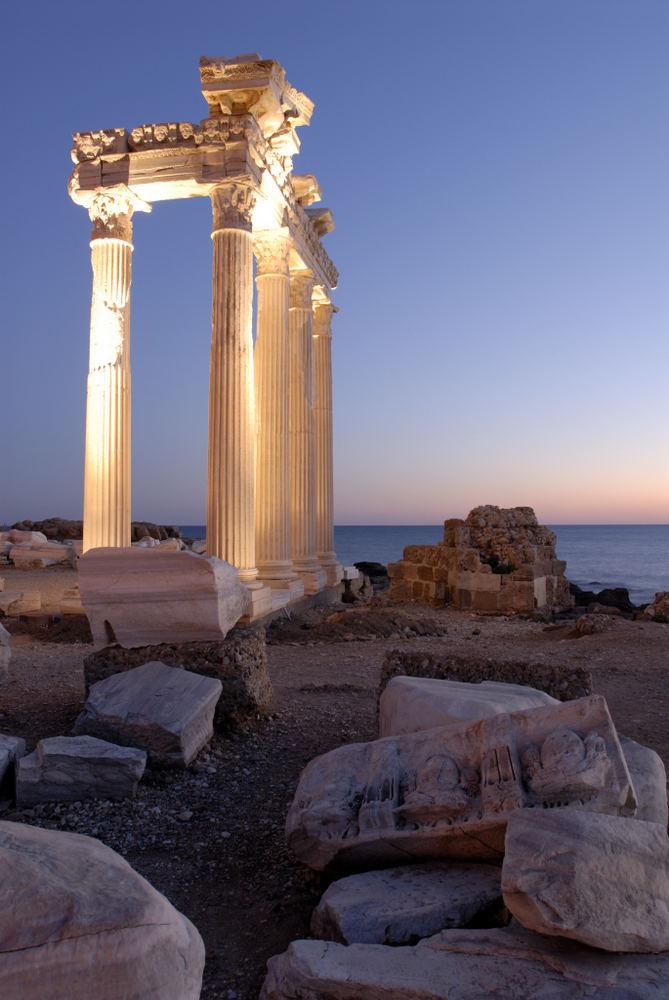 Apollon Tempel in Side am 25.12.2005