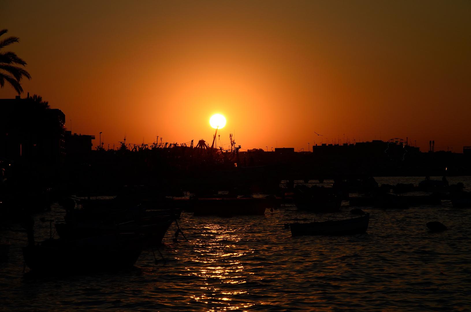 Apulianischer Sonnenuntergang