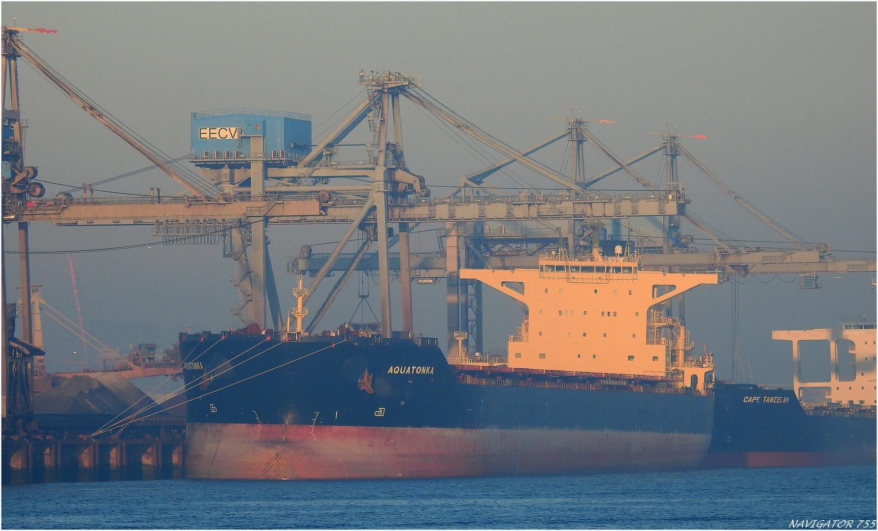 AQUATONKA; Bulk Carrier, Rotterdam.
