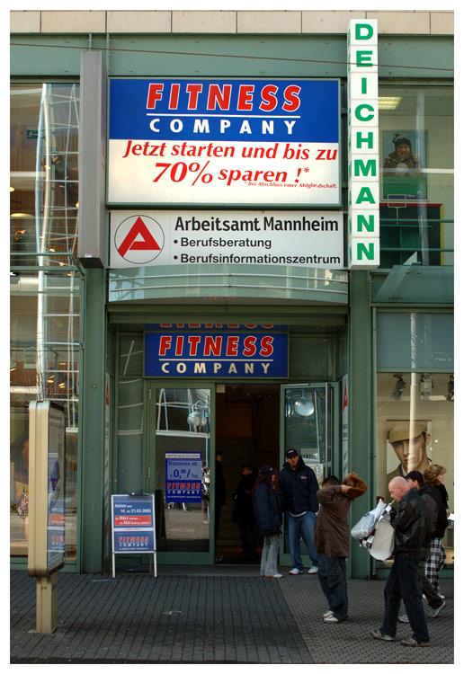 Arbeitsamt Mannheim geht in die Offensive (gesponsert von Deichmann)