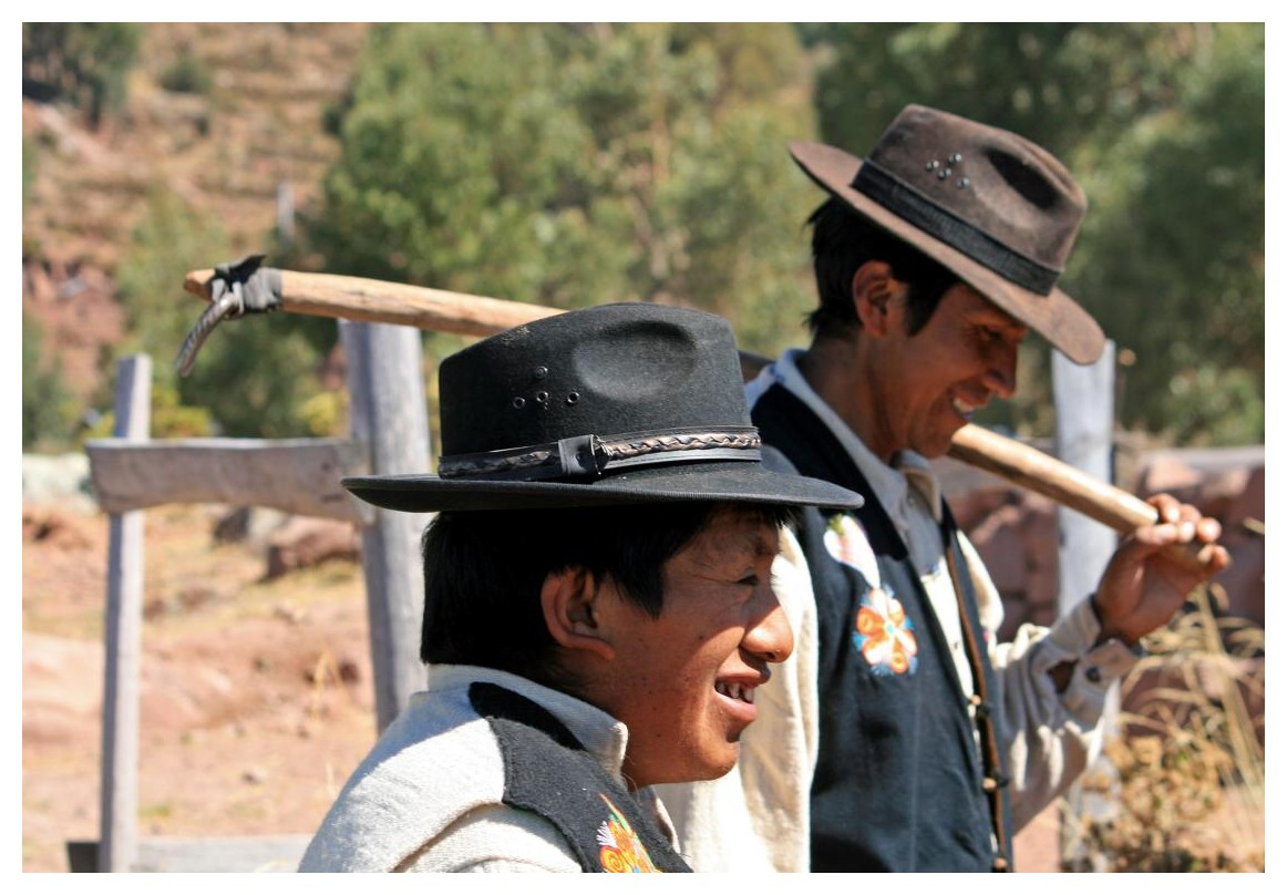 Arbeitskleidung in Peru (am Titikakasee)