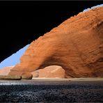 Arches sur la plage de Legzira près de Sidi Ifni -- Bögen am Strand von Legzira nahe Sidi Ifni