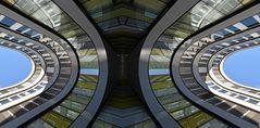 Architektur mit Spiegelungen