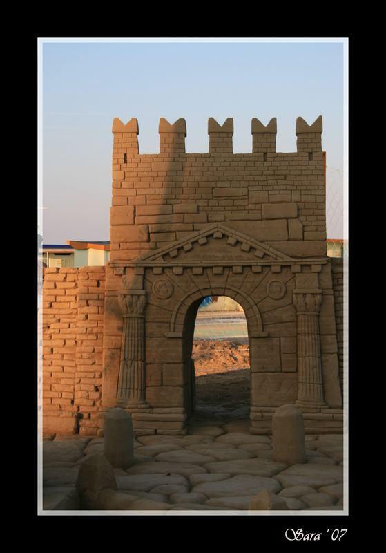 Arco d'Augusto di sabbia