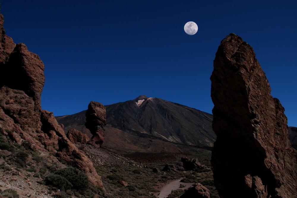 Areal Los Roques mit Blick auf den Teide