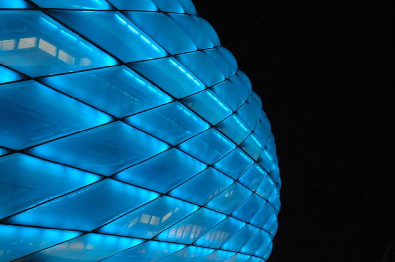 Arena in Blau