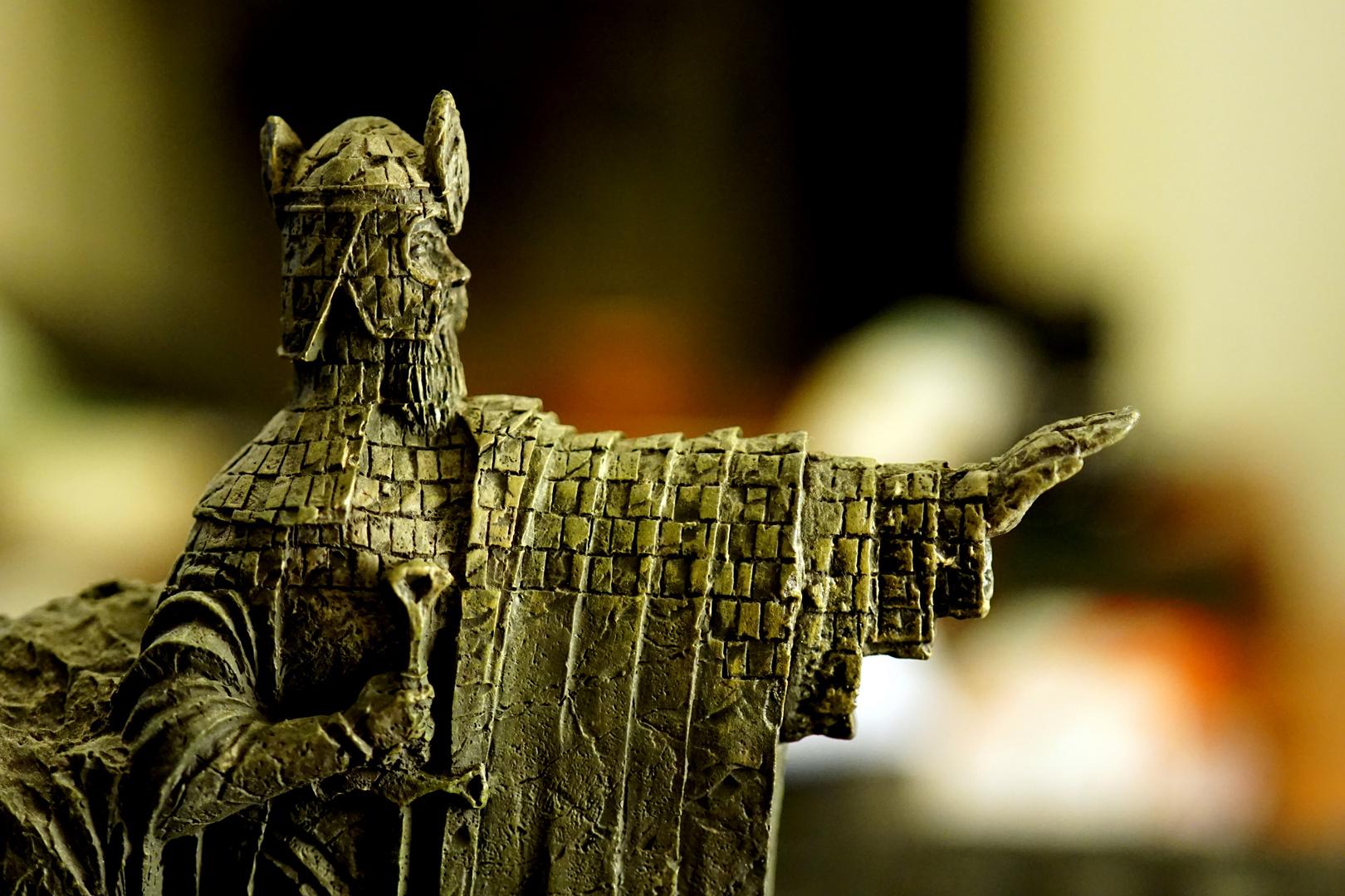 Argonath.....Isildur...