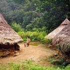 Arhuaco-Dorf in der Nähe der Ciudad Perdida in der Sierra Nevada de Santa Marta (Kolumbien)