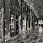 Arkaden Piazza San Marco  - Hier schlägt das Herz Venedigs -