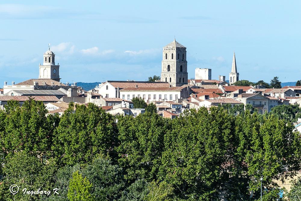 Arles - Blick auf die Altstadt - mit Tele vom Hotel