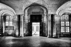 Arles, Municipio ingresso