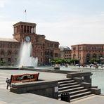 Armenien: Erivan, Platz der Republik