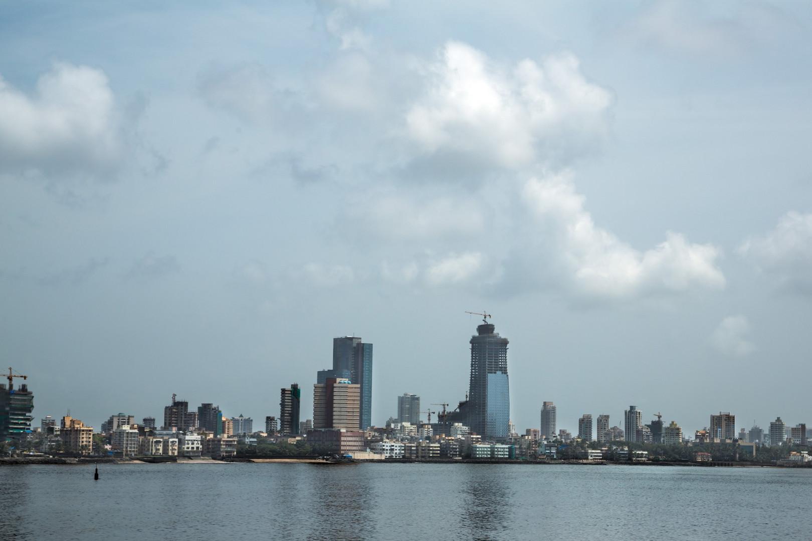 Arrivée à Bombay : Photo prise du taxi qui nous emmène à la Porte de l'Inde