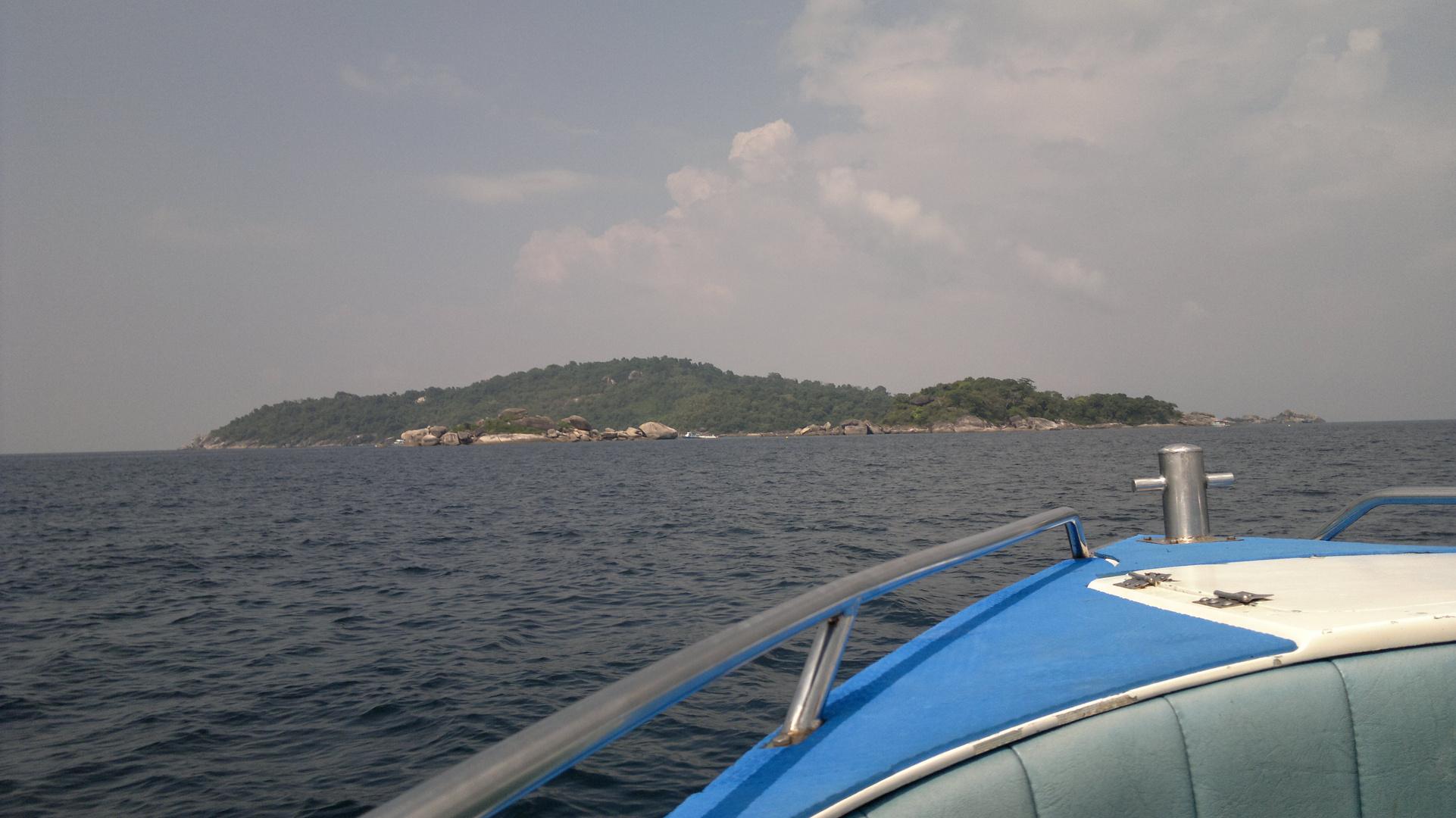 Arriving to Similan Island
