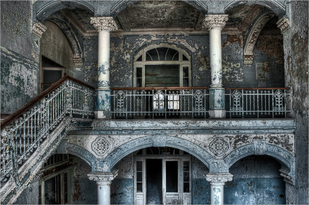 Art Deco ~ Foto & Bild | architektur, lost places, marodes Bilder ...