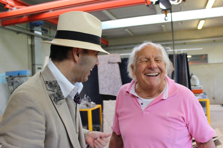 Artist Mané Wunderlich talking to Hermann Noack sen. - Bildgiesserei Hermann Noack