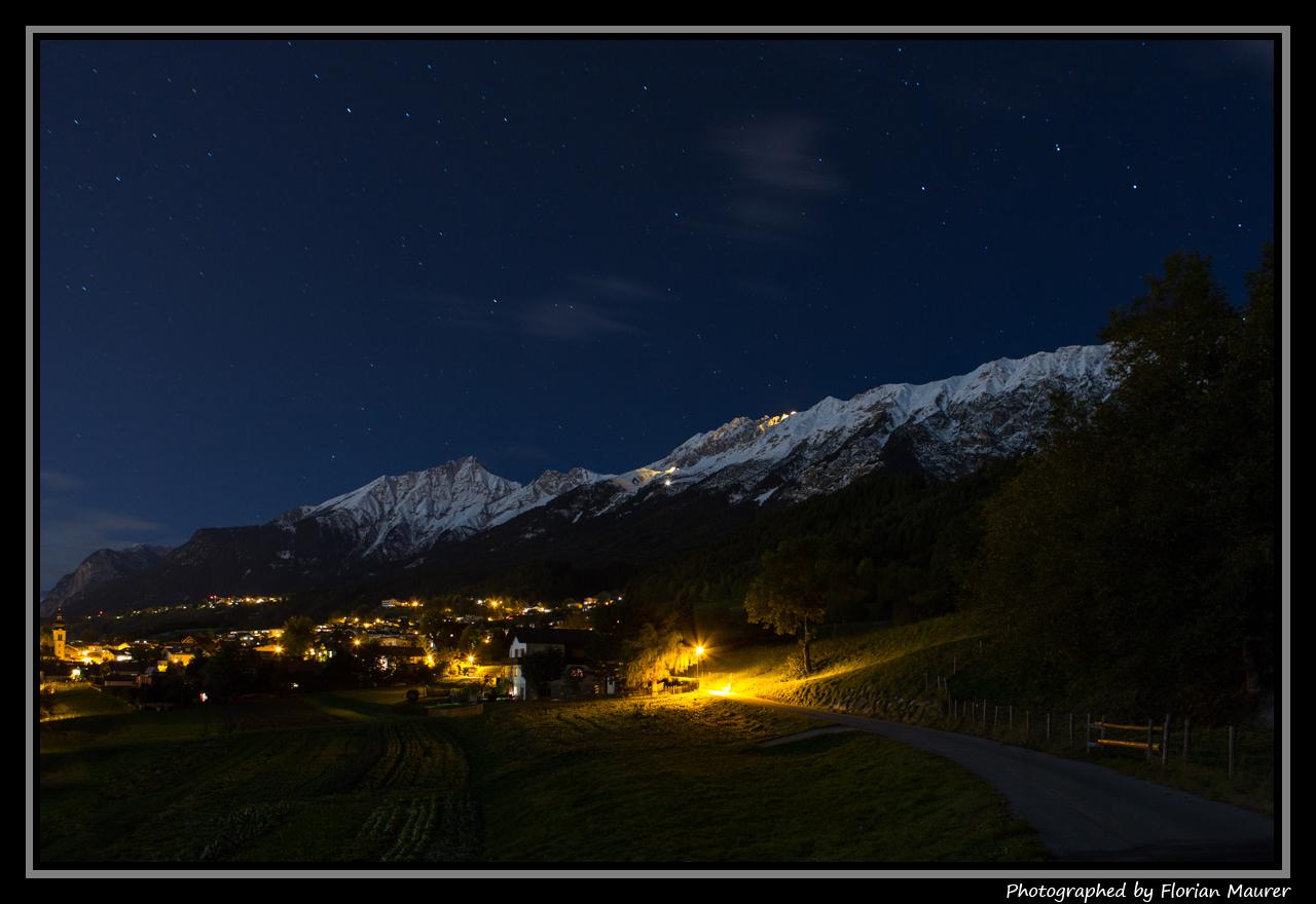 Arzl bei Innsbruck nach der blauen Stunde
